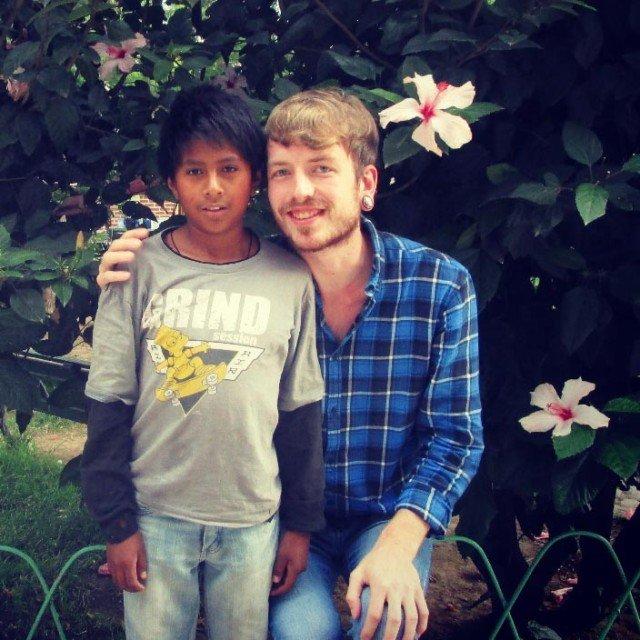 Julian mit Patenkind