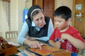 Montessori Kindergarten Casa de ninos in Bolivien