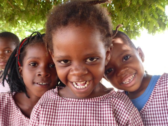 Kinder der Escolina in Metarica, Mosambik